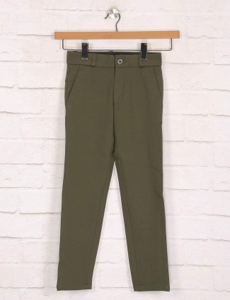 Zillian olive solid cotton slim fit trouser