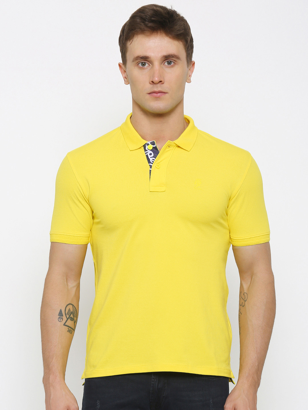 Stylish look in this solid mustard yellow cotton fabric casual shirt from house of Relay. Features with slim collar, full sleeves with curve hem with patch pocket.