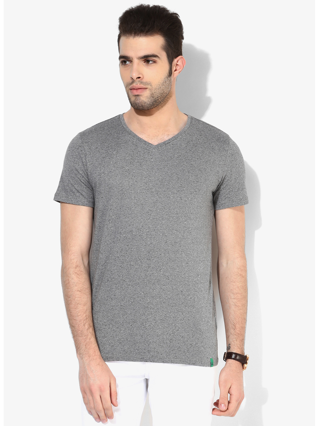 United colors of benetton cotton men grey plain casual for Mens colored t shirts